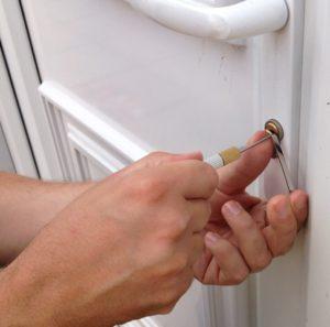 Buitengesloten Den Haag? Hulp bij buitensluiting of als u uw sleutel kwijt bent of binnen bent vergeten.