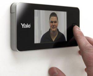 Yale-digitale-deurspion